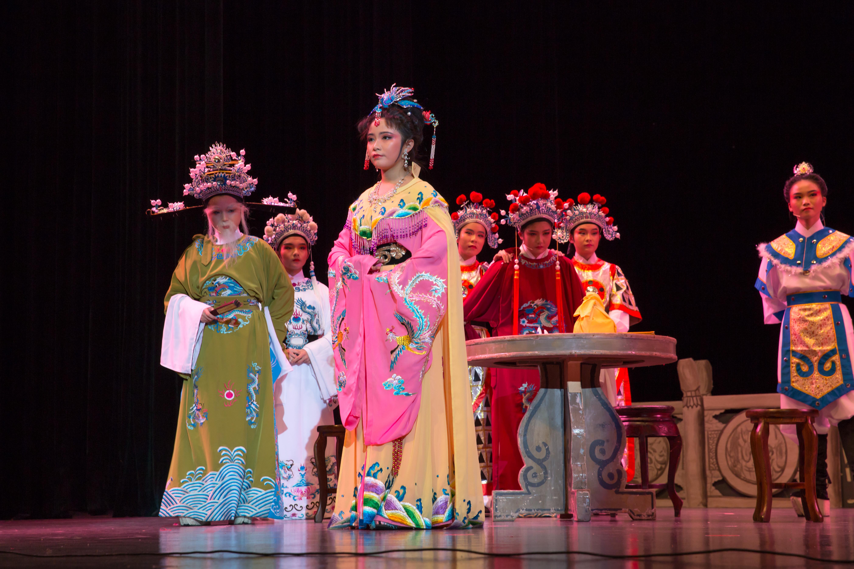 作为今年学生社团巡礼月的开幕大戏,红叶戏曲社从2010年以来,已经举办